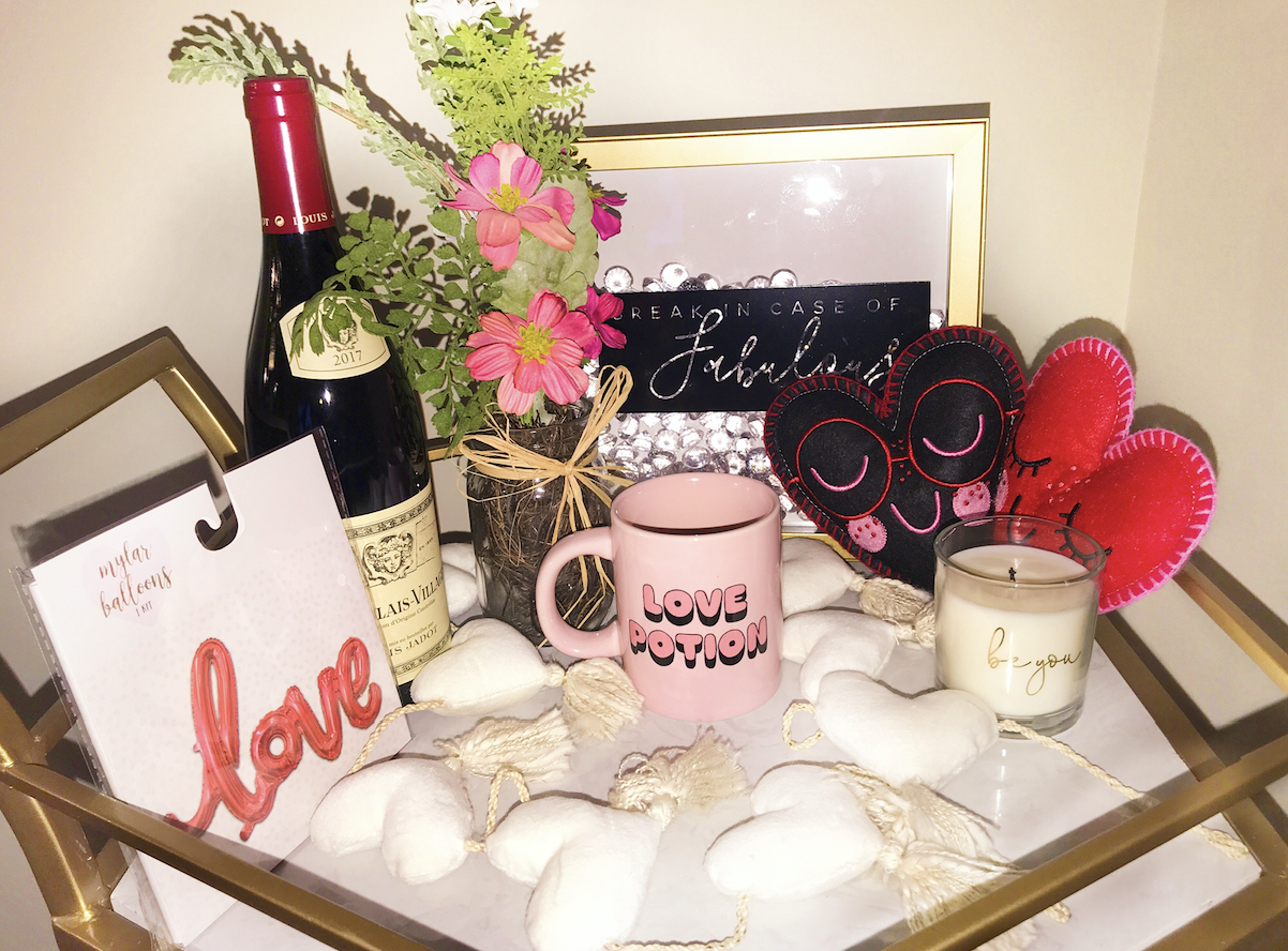 Valentine's Day Gift Guide & Essentials